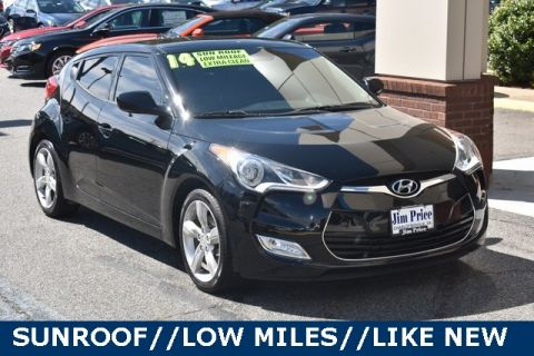 Pre-Owned 2014 Hyundai Veloster Base FWD 3D Hatchback